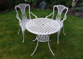 Knightsbridge Bistro Set.